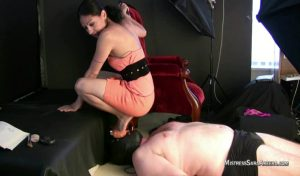 Heels Sitting On Face.mp4.00001 300x176 - Heels Sitting On Face