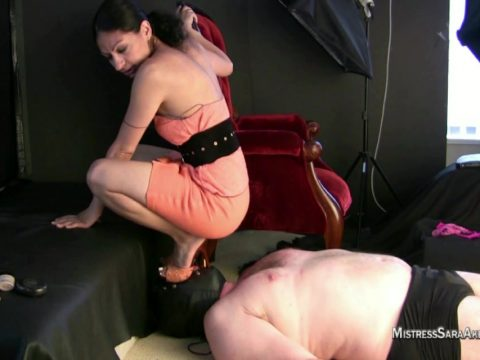 Heels Sitting On Face.mp4.00001 480x360 - Heels Sitting On Face