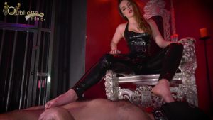 Mistress Serena   Desperate For My Feet.mp4.00004 300x169 - Mistress Serena - Desperate For My Feet 1080p